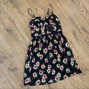 American Eagle Summer Floral Dress 00 with Pockets